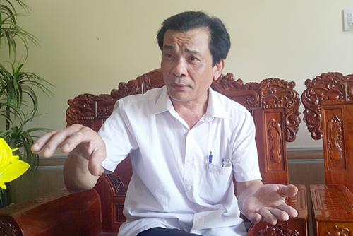 Ông Đào Quang Phúc người trực tiếp soạn lời kêu gọi về cuộc vận động toàn dân không nuôi chó trên địa bàn. Ảnh: Nguyễn Hải.