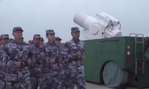 Trung Quốc đang thử nghiệm hệ thống vũ khí laser chiến thuật mới. Ảnh: Maritime-executive.