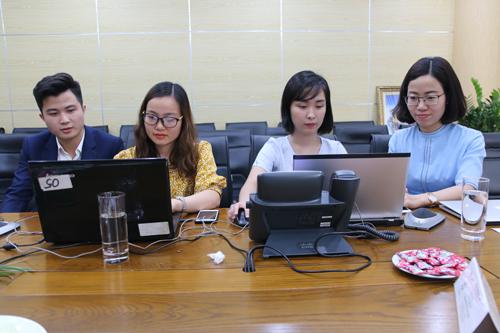 Buổi tọa đàm nhận được sự chú ý của nhiều học sinh và phụ huynh.