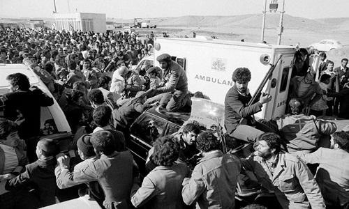 IRGC bảo vệ lãnh tụ tối cao Ayatollah Ruhollah Khomeini iwr Qom, Iran, năm 1979. Ảnh: AP.