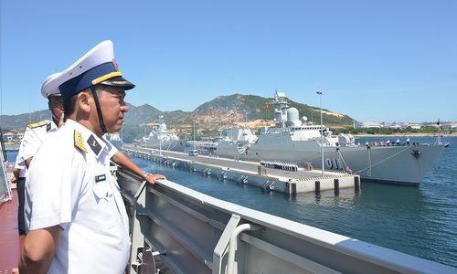 Biên đội tàu hộ vệ Việt Nam rời quân cảng Cam Ranh hôm 14/4. Ảnh: Báo Hải quân.
