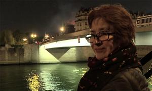 Dân Paris đau khi thấy Nhà thờ Đức Bà bị lửa hủy hoại