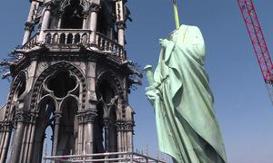 Tượng trăm tuổi của Nhà thờ Đức Bà Paris thoát nạn vì được chuyển đi từ trước