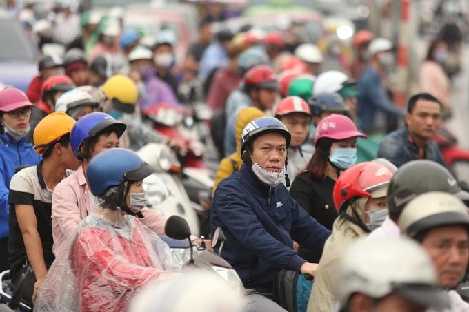 Đường phố Hà Nội kẹt cứng sau nghỉ lễ