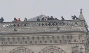 Chuyên gia tới đánh giá thiệt hại nhà thờ Đức Bà Paris sau vụ cháy