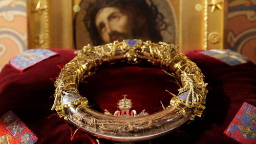 Mão gai của Chúa Jesus lưu giữ tại Nhà thờ Đức Bà Paris. Ảnh: Sky News.