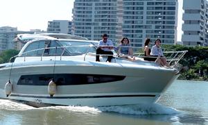 Thuê du thuyền dạo sông Sài Gòn giá hàng trăm USD mỗi giờ