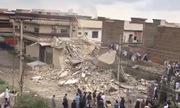 Quân đội Pakistan giật sập cả tòa nhà để diệt 5 tên khủng bố