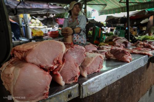 Giá thịt lợn tăng trở lại sau khi dịch tả lợn châu Phi được khống chế. Ảnh: Thành Nguyễn.