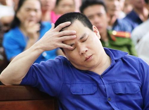 Cựu Tổng giám đốc Vinaca Nguyễn Xuân Thu bị Tòa án nhân dân thành phố Hải Phòng kết án22 năm tù về tội sản xuất hàng giả. Ảnh: Giang Chinh