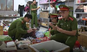 'Lò' sản xuất mỹ phẩm giả ở miền Trung