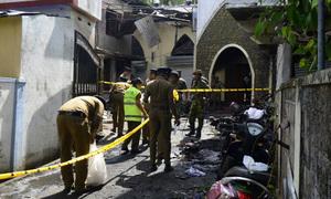 Cảnh hỗn loạn sau vụ đánh bom nhà thờ ở Sri Lanka