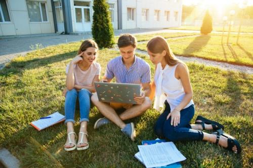 Du học hè ILA 2019 - Học đi đôi với hành.