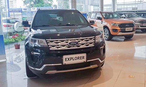 Ford Explorer tại một đại lý ở Hà Nội. Ảnh: Huy Phương
