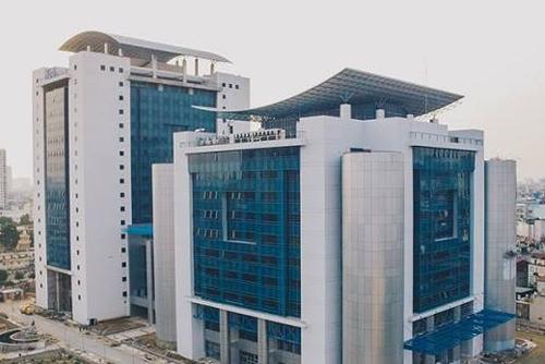 Tòa nhà hoàn thiện năm 2017 của Đại học Kinh tế quốc dân.