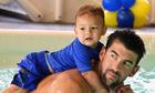Michael Phelps tiết lộ cách giúp trẻ làm quen với nước
