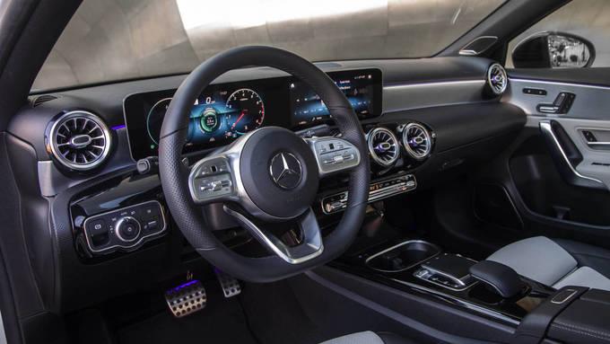10 ôtô có nội thất được đánh giá cao nhất 2019