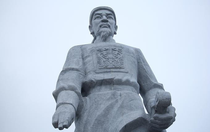 Nghệ thuật điêu khắc đá ở tượng đài lớn nhất xứ Thanh