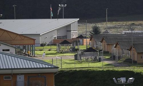 Một góc trung tâm cải huấn trên đảo McNeil. Ảnh: AP.
