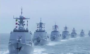 Dàn chiến hạm Trung Quốc trong lễ duyệt binh 70 năm thành lập hải quân