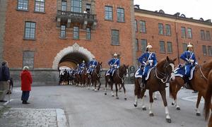 Đội kỵ binh bảo vệ cung điện ở Thụy Điển