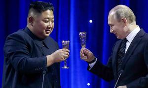 Putin ca ngợi Kim Jong-un giúp ổn định tình hình bán đảo Triều Tiên