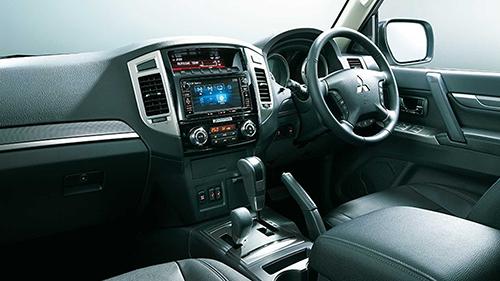 Pajero bản đặc biệt cuối cùng bổ sung màn hình 7 inch cho hệ thống thông tin giải trí. Ảnh: Mitsubishi.