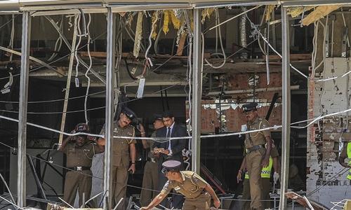 Nhà hàng ở khách sạn Shangri-La hư hại sau vụ đánh bom ngày 21/4. Ảnh: AFP.