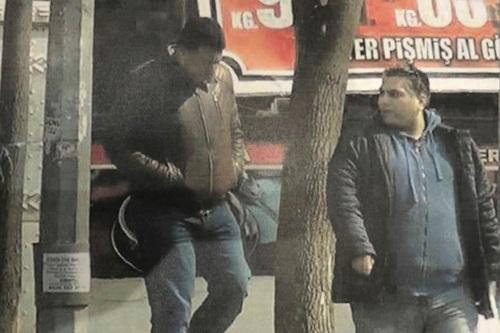 Hai người đàn ông bị nghi ngờ là gián điệp UAE. Ảnh: AP.