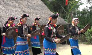 Lần đầu tái hiện lễ mừng lúa mới của dân tộc Si La
