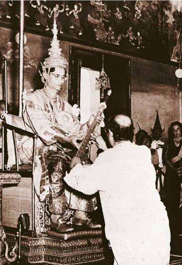 5 bảo vật Vua Thái Lan được trao trong lễ đăng quang