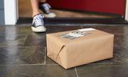 Kẻ buôn ma túy đá sa lưới vì gói bưu kiện chuyển nhầm địa chỉ
