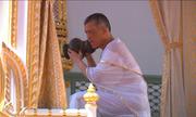 Lễ tắm tẩy trần của Quốc vương Thái Lan trong lễ đăng cơ