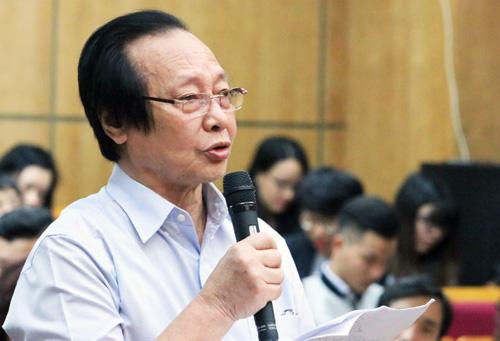 Ông Kiều Quang Long, cử tri phường Cửa Đông, quận Hoàn Kiếm. Ảnh: Võ Hải.
