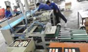 'Kỹ sư Hòa tàu ngầm' chế tạo máy dán tem năng suất bằng 200 công nhân