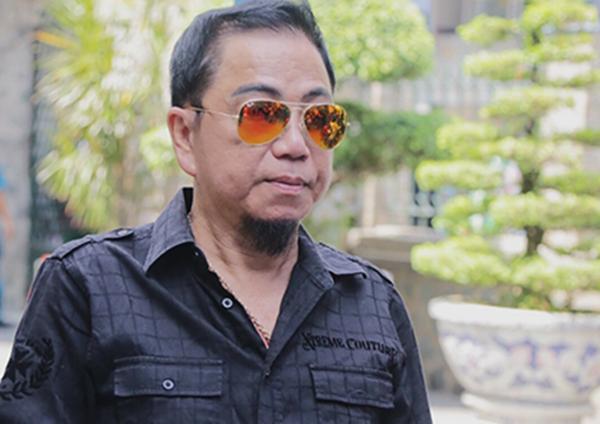 Nghệ sĩ Hồng Tơ.