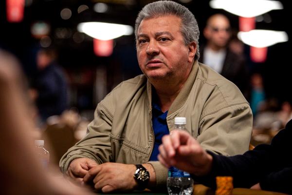 Archie từng tham gia thi đấu giải Vô địch Poker thế giới.