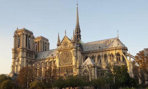 Nhà thờ Đức Bà Paris trước khi xảy ra vụ cháy hôm 15/4. Ảnh: MaxPixel.