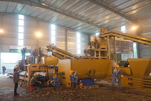 Một nhà máy xử lý rác điện khí hóa ở Hưng Yên. Ảnh: Gia Chính
