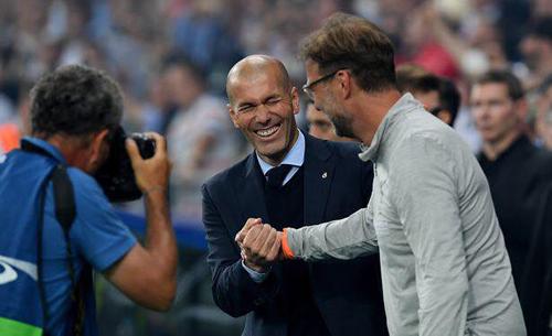 Zidane vui hơn cả người Liverpool/