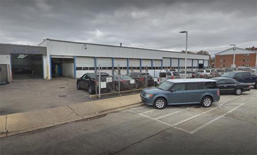Đây dường như chính là nơi chiếc Focus từ nhà xưởng của đại lý rẽ ra đường và bắt đầu quá trình dạy lái xe số sàn. Ảnh: Google Maps