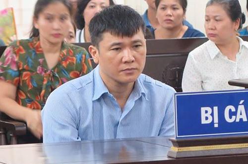 Cựu kế toán trưởng PVI Trần Đức Chính tại phiên tòa sơ thẩm.