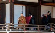 Tân Nhật hoàng thực hiện nghi lễ với tổ tiên sau khi lên ngôi