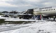 Cơ trưởng Sukhoi Superjet 100 xin quay đầu vì 'máy bay bị sét đánh, bốc cháy'