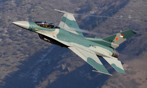 Tiêm kích F-16 Indonesia bay thử ở Mỹ năm 2017. Ảnh: USAF.