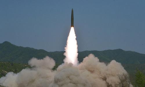 Tên lửa đạn đạo Triều Tiên phóng thử hôm 9/5. Ảnh: KCNA.