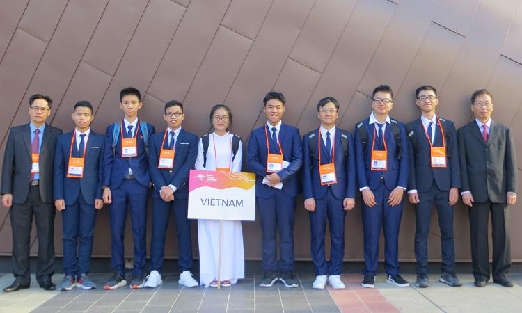 Đoàn Việt Nam tham dự Olympic Vật lý châu Á. Ảnh: Cục Quản lý chất lượng