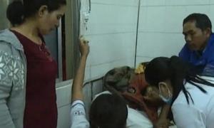 Hơn 100 người nhập viện sau khi ăn cưới ở Lâm Đồng