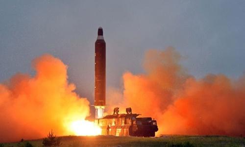 Triều Tiên phóng ICBM hồi tháng 11/2016. Ảnh: KCNA.