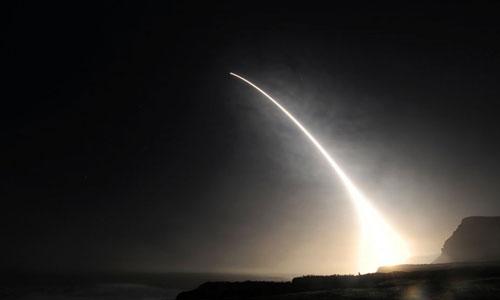 Một tên lửa Minuteman III của Mỹ trong hầm phóng. Ảnh: USAF.